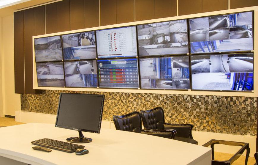 1396-06-16-14.26.55 راه اندازی اتاق مانیتورینگ ویژه دوربین مداربسته